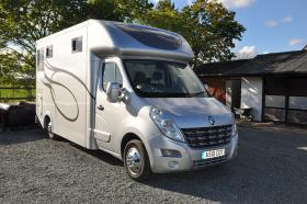 Man receives suspended sentence for selling horseboxes with altered mileage and MOT certificates