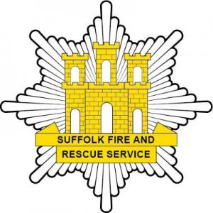 suffolk fire and rescue service crest